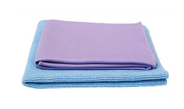 Norwex Dynamic Duo - Envirocloth in blue (also available in green, yellow and pink) and Window cloth   SustainableSuburbia.net