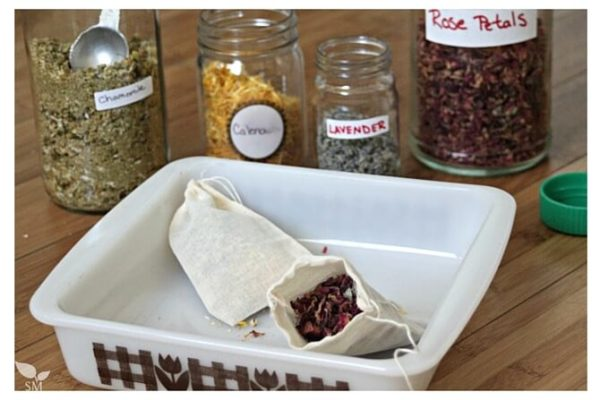 Herbal tea bath bags with rose petals